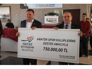 Hatay'da Amatör Spor Kulüplerine 750 Bin Liralık Nakdi Yardım