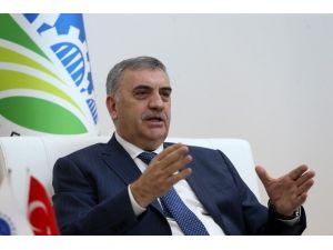Sakarya Büyükşehir Belediye Başkanı Zeki Toçoğlu Gazetecilerin Sorularını Yanıtladı