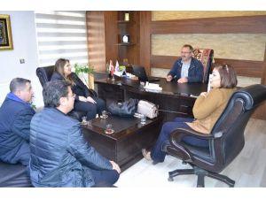 Hoca Ahmet Yesevi İlköğretim Okul Aile Birliği'nden Eğitim Bir-sen'e Ziyaret