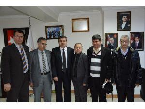 Altı Nokta Körler Derneği'nden AK Parti İl Başkanlığına Ziyaret