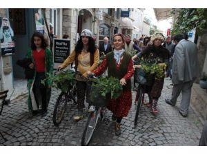 Alaçatı Ot Festivali Gün Sayıyor