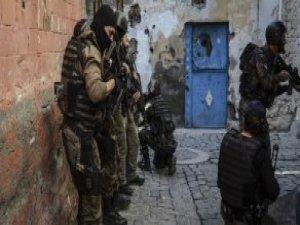 Diyarbakır Valiliği: 2 PKK'lı Etkisiz Hale Getirildi