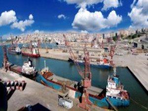 Çelebi Bandırma Limanını Oto Terminal ve Stok Sahası Yaptı, İlçe Cazibe Merkezi Oldu