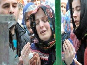 Beratcan'ın Annesi Gözaltına Alındı