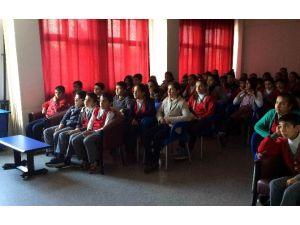 Ortaokul Öğrencilerine Sigara Ve Teknoloji Bağımlılığı Anlatıldı