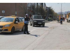 Tramvay Çalışma Hattında Zabıta Önlem Alıyor