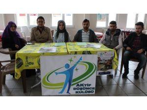 """Üniversiteli Gençlerden İlkokullu Çocuklara Anlamlı """"Kitap Bağışı"""" Kampanyası"""