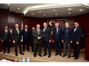 Gaziantep Ticaret Odası Meclisi'nin çınarları ödüllendirildi