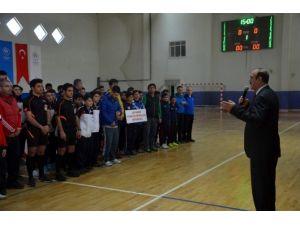 Futsal Yarı Final Grup Müsabakaları Başladı