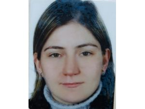 Cenazeden Dönerken Kazada Yaralanan Kadın Öldü