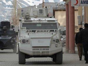 Yüksekova'daki operasyonda 1 polis şehit düştü