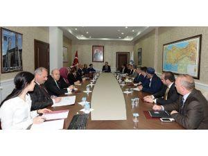 Erzurum'da Suriyelilerle İlgili Komisyon Toplantısı Yapıldı