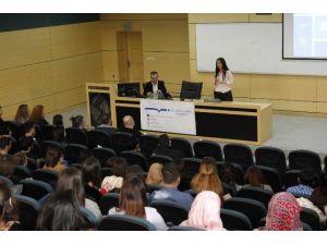 'Bilgisayar Destekli Çeviri Hizmetleri Bilgilendirme Semineri' SAÜ'de Düzenlendi