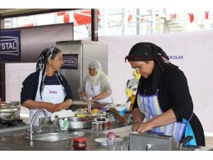 Halfeti İlçesi Yöresel Yemek Yarışmasında Birinci Oldu
