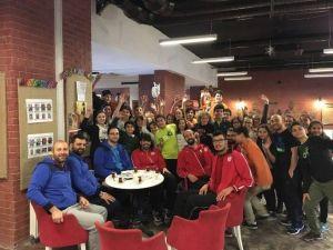 Yalova Group Belediyesporlu Oyuncular, Minik Öğrencilerin Sorularıyla Terledi