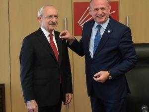 Kılıçdaroğlu, Belediye Başkanları Birliği Yönetimi İle Biraraya Geldi