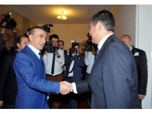 AK Parti'den CHP'ye Dokunulmazlık Teklifi