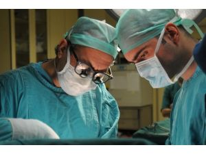 """Prof. Dr. Polat: """"Paratiroit Ve Tiroit Hastalıkları Karıştırılıyor"""""""