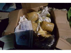 20 kilo toz esrar ele geçirildi