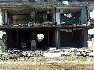 İdil'de HDP Binası Yıkıldı, Belediye Binası Kullanılmaz Halde