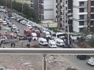 Diyarbakır'da şiddetli patlama: 7 polis şehit, 14 yaralı