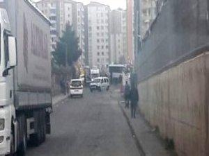 Diyarbakır'da Polis Aracına Bombalı Saldırı! 4 Şehit, 14 Yaralı