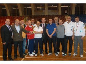 Sporla Stres Atan Aydınlı Öğretmenler Ödüllerine Kavuştu