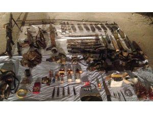 Bitlis'de Üç Terörist Etkisiz Hale Getirildi