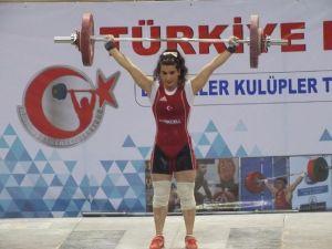 Kağıtspor'un Milli Haltercisi Avrupa Şampiyonasına Gidiyor