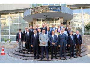 Mersin'in Aday Öğretmenleri Yetiştirme Kılavuzu Türkiye'ye Örnek Oldu