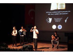 Yıldız Teknik Üniversitesi'nde 1002'nci Gece Şiir Dinletisi