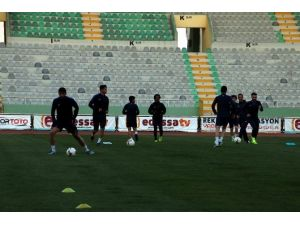 Şanlıurfaspor GAP Arena'da Antrenman Yaptı