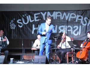'Süleymanpaşa Hatırası' Konserleri İhsan Güvenç İle Büyüledi