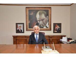 Vali Alimoğlu'ndan 3 Nisan Kutlama Mesajı