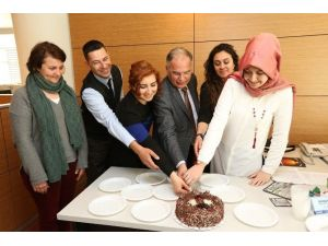 Selçuk Belediyesi'nde Kudeb Kuruluşuna Pastalı Kutlama