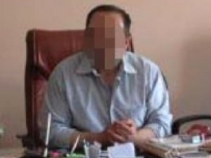 16 Yaşındaki Öğrencisiyle İlişkiye Giren Öğretmene 5 Yıl 9 Ay Hapis!