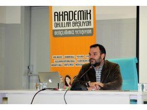 Büyükşehir Medya Okulu'nun Bu Haftaki Konuğu Gazeteci Kemal Öztürk Oldu