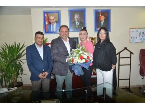 Adana Kent Konseyi'nden, Demirspor'a destek ziyareti
