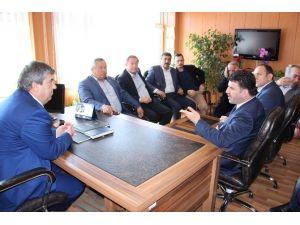 AK Parti İlçe Başkanı İl Milli Eğitimi Bakanlığa Şikayet Edecek