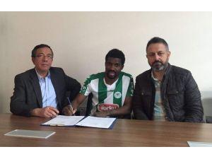 Torku Konyaspor, Kibong Mbamba'nın Sözleşmesini Uzattı