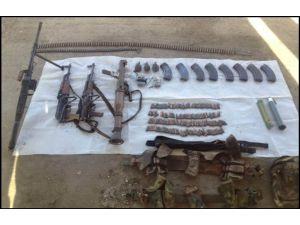 PKK'ya ait sığınakta çok sayıda mühimmat ele geçirildi