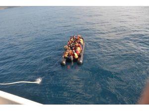 Ege'de Mart Ayında 7 Bin 992 Göçmen Yakalandı