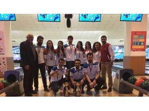 Atatürk Üniversitesi Bowlingde Fark Attı