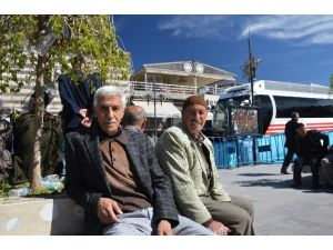 Davutoğlu'nun Ziyareti Sur Halkını Heyecanlanırdı