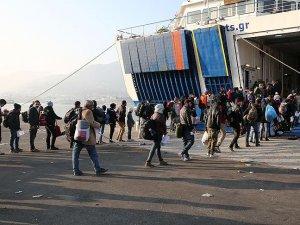 Yunan adalarındaki sığınmacı ve göçmenler geri gönderiliyor