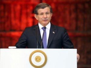 Başbakan Davutoğlu: Yangın yerinde Allah'ın izniyle gül yetiştireceğiz