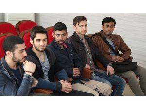 Yabancı Öğrencilere Türkçe Dersi