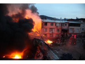Bursa'daki Korkutan Yangın Kontrol Altına Alındı