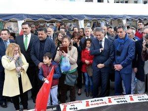 Brüksel'de teröre karşı Türk çadırı kuruldu
