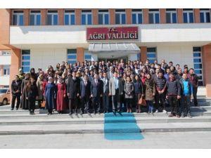 Ağrı'ya Atanan Öğretmenler Vali Işın'ı Ziyaret Etti